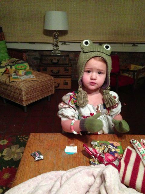 BL w frog hat